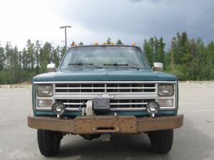 1987 Chevrolet Long Box 4WD 1 ton Crew Cab Pickup