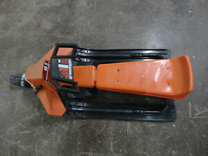 Vintage Noma GT SnoRacer In Excellent Condition - Rare Colour Kitchener / Waterloo Kitchener Area image 10