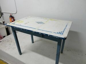 Vintage 30's Hoosier Table With Porcelain Coated Top &Wood Lower
