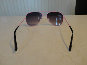 Aviator Sunglasses - Pink Frame w/ Black Lens - BRAND NEW Kitchener / Waterloo Kitchener Area image 3