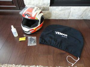 Excellent Shape Vemar Full Face Size Small-Medium Bike Helmet