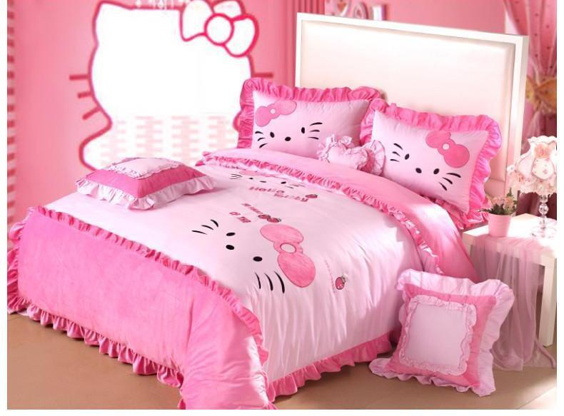 Super Soft Pink Velvet Hello Kitty Queen Bed Quilt Cover