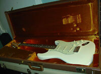 FENDER AVRI 1962 Stratocaster Reissue with Fender G & G Case