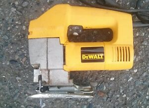 DEWALT JIG SAW. Like new