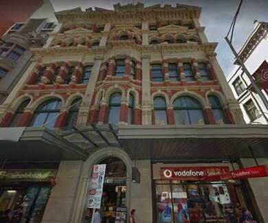 Two Bedroom Apt - Opposite Flinders Street Station