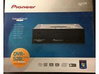 Pioneer DVR S20L Series 24x24 DVD/CD Writer Serial ATA Disk drive