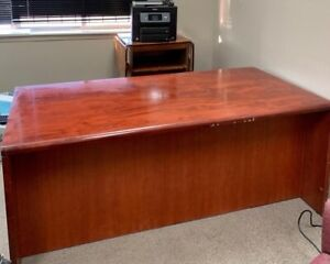 DESKS , SIDE STORAGE ! MUST GO TODAY ! CALL NOW !