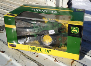 "1942 JOHN DEERE MODEL ""LA"" TRACTOR WITH CULTIVATOR NEW IN BOX"
