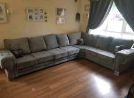 New - 7 Seater Verona Corner Sofa With Full Back Cushions