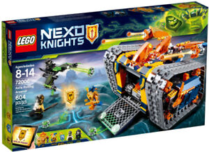 LEGO Nexo Knights Retired Set - Axl's Rolling Arsenal