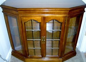 ANTIQUE HALL CABINET WITH MATCHING MIRROR London Ontario image 1