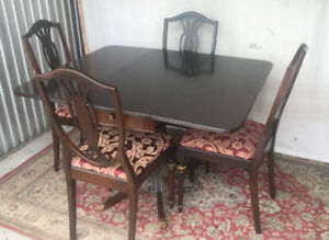 An elegant antique 5pc dining set, refinished (delivery)