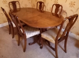 Stunning Regency Adjustable Dining Table With 6 Chairs