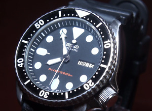 Seiko Classic SKX007 7S26 - 0020 Collector watch with New Seiko