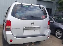 Nissan Pathfinder r51 alloy rims and tyre 2008 wrecking Seventeen Mile Rocks Brisbane South West Preview