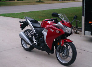 2012 Honda CBR250R with low KM, Mint Condition. Safety Incld.
