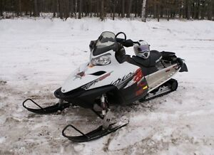 2009 Dragon Switchback 800 Low Miles , Very Clean