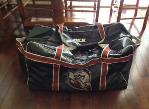 Great Condition Large Used Don Mills Mustangs Hockey Bag