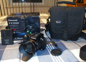 Panasonic Lumix FZ-200 for sale