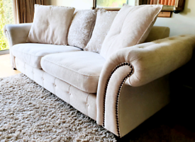 DELIVERY INCLUDED VGC large 2-3 seater smart cream fabric sofa