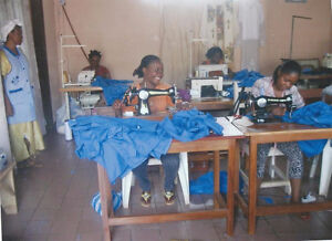 Need Sewing machinesfor young women Kingston Kingston Area image 1