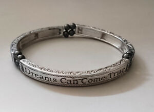 Dreams Can Come True Engraved Magnetic Therapy Bracelet