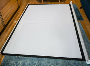 "Projector Screen -100"" Manual Pull Down"