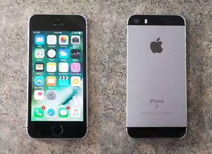 iPhone SE Space Grey 64GB Telus/Koodo, in mint condition.