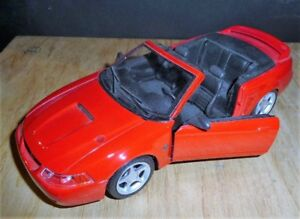 Ford Mustang Echelle 1/24