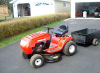 Ride on Lawn Tractor and Trailer