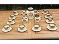 Ceramic tea/coffee set. Folck desine