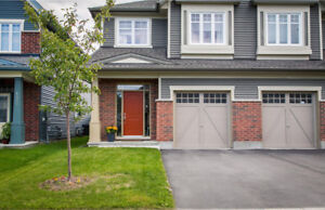 BARRHAVEN HOME FOR SALE! realtors welcome if buyer interested