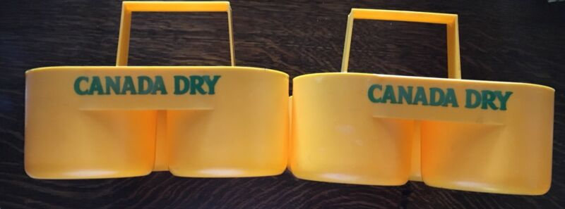 Vintage Canada Dry 4 Bottle Plastic Carrier (1 only)