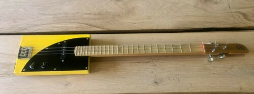 Sweet tone yellow/black solid body 3 string electric slide guitar