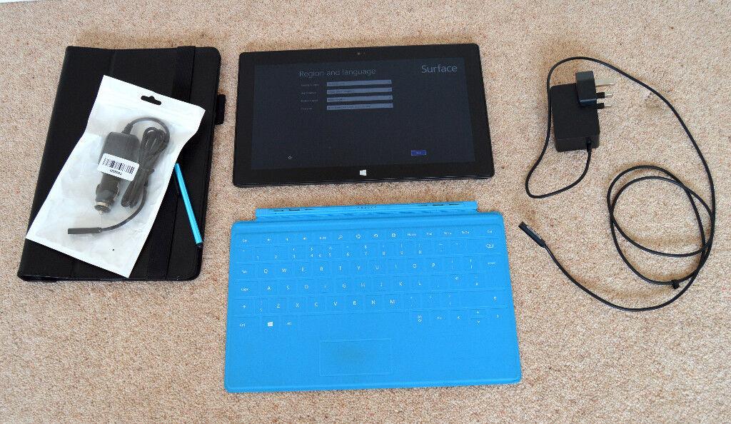 "Microsoft Surface RT 8.1 32GB 10.6"" ScreenTablet Blue Magnetic Keyboard"