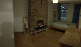 *** MASSIVE DOUBLE ROOM **** ROMAN ROAD **** NEW HOUSE !!!