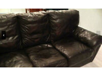 Free Cosy Leather Couch