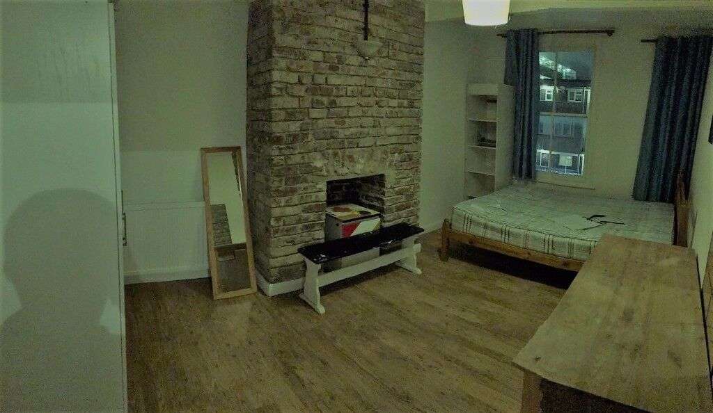 2 Amazing double rooms Bethnal green 180/190pw! 5 mins from Underground