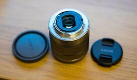 SONY SEL18-55mm f3.5-5.6 OSS LENS - SILVER VERSION - E-MOUNT SEL1855 (E-MOUNT NEX 5N 5R A6000)