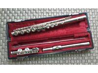 Yamaha Flute YFL221 plus Owner's Manual.