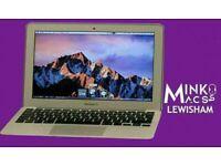 MacBook Air 11' i5 1.7GHz 4GB RAM 121GB SSD Microsoft Office 2016 Final Cut Logic Pro X Adobe Suite
