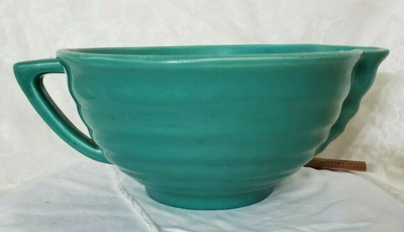Vintage Batter Bowl with Spout Green Ringed Approx 11 inches