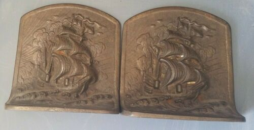 VINTAGE NAUTICAL BOOKENDS BRONZED CAST IRON SHIPS BILLOWING SAILS 1920