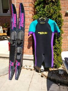 Water skis and wet suit