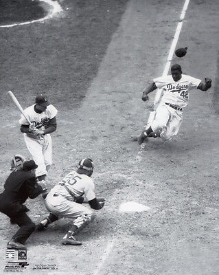 1952 Brooklyn Dodgers Jackie Robinson Glossy 8X10 Photo Stealing Home Poster