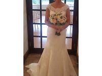 Beautiful Wedding Dress Excellent Condition Size 8-10