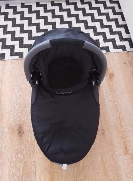 Quinny Carrycot - PERFECT CONDITION