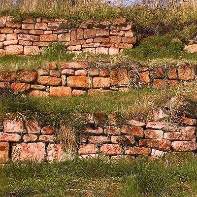 Buntsandstein Natursteinmauer Trockenmauer Sichtschutz Gartenmauer Bunnen Mauer
