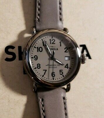 SHINOLA Runwell with 36mm Warm Grey Face & Heather Brown leather band