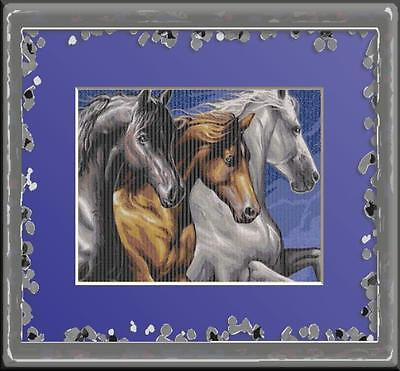 BEAUTIFUL HORSES~DELICA BEAD PEYOTE PATTERN